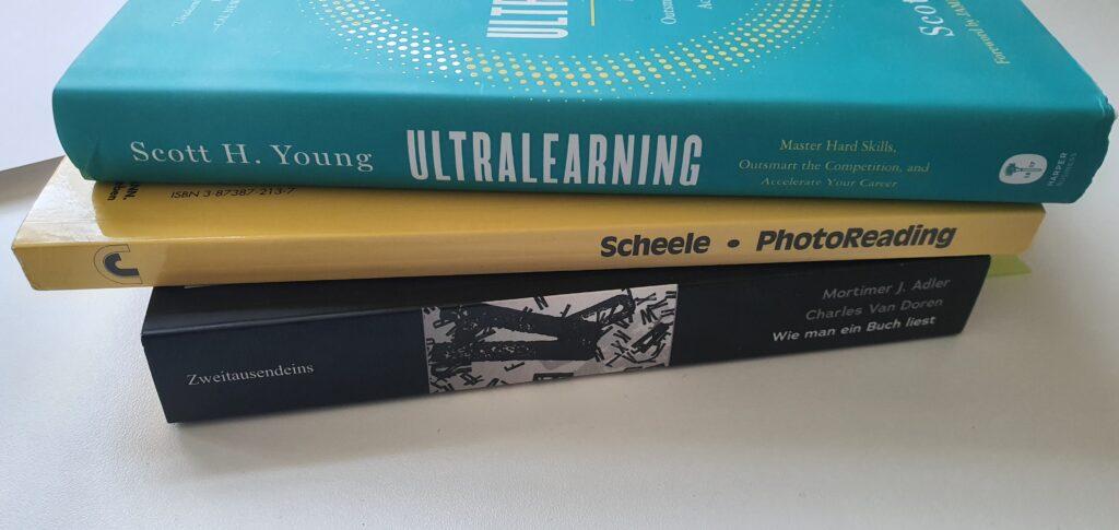 """Buchrücken von Ultralearning, Photoreading und """"wie man ein Buch liest"""""""